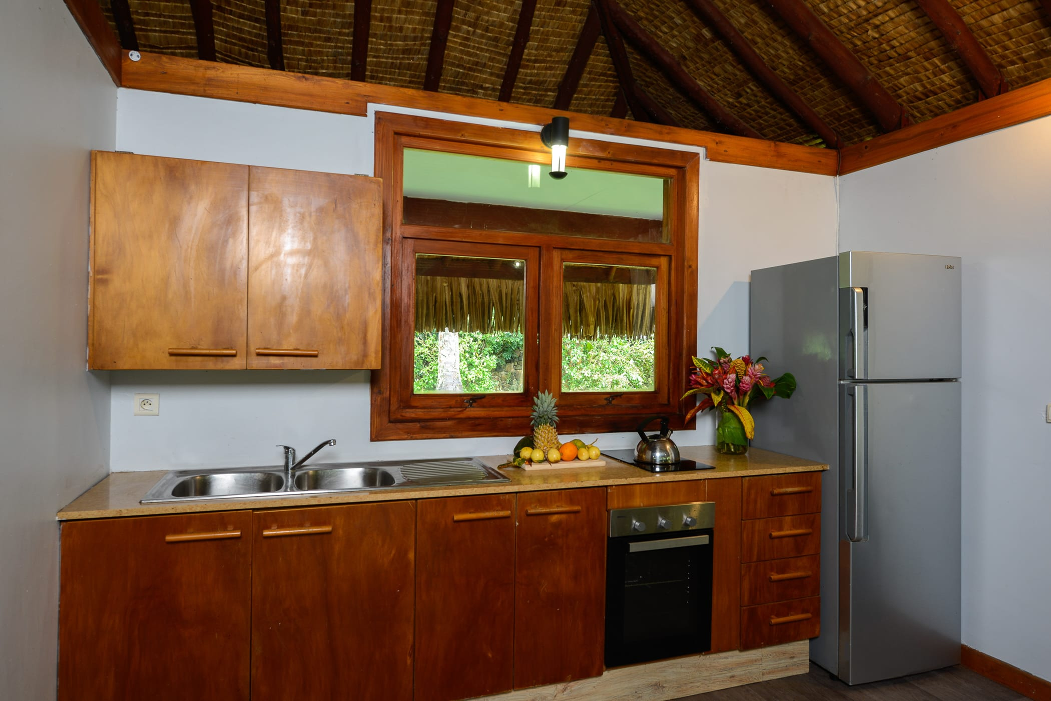 The bungalow - Enclosed beds for adults ...